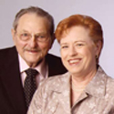 Photo of Mel and Lois Hindin. Link to Mel's story.